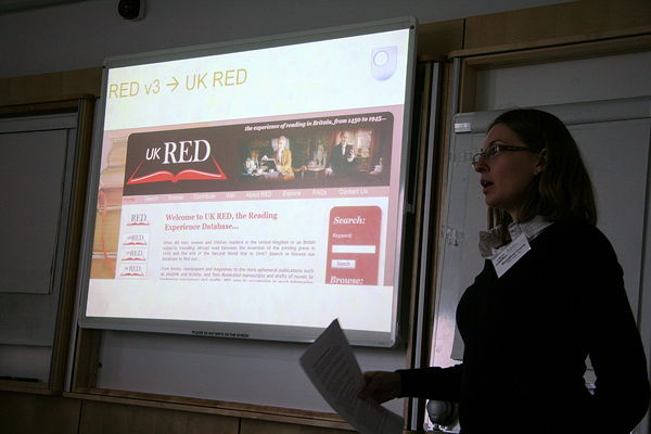 Figure 1: Rosalind Crone demonstrates the new UK RED Web site. Copyright Shaf Towheed
